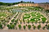et l'on passera dans le jardin des orangers, on ira droit à la fontaine d'où l'on considérera l'Orangerie,