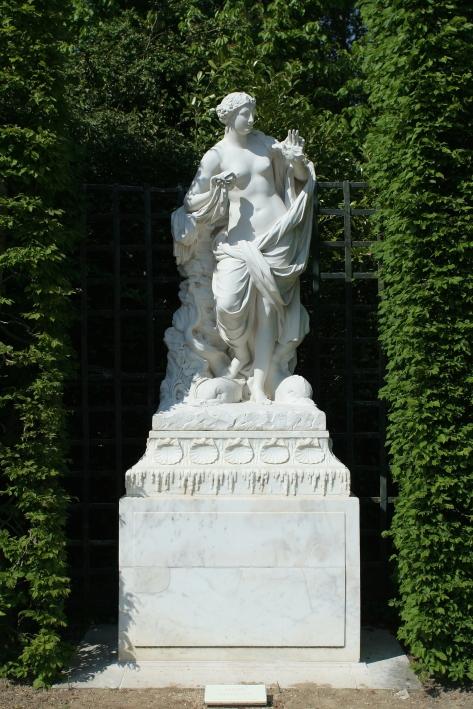 Parc de Versailles, bosquet des Dômes. Galatée, par Jean-Baptiste Tuby, 1667-1672.