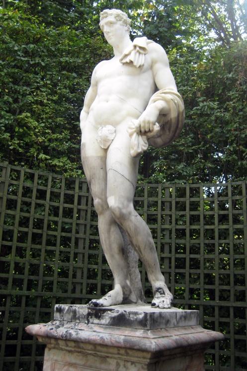 Méléagre, copie d'antique, figurait déjà dans la Galerie des antiques