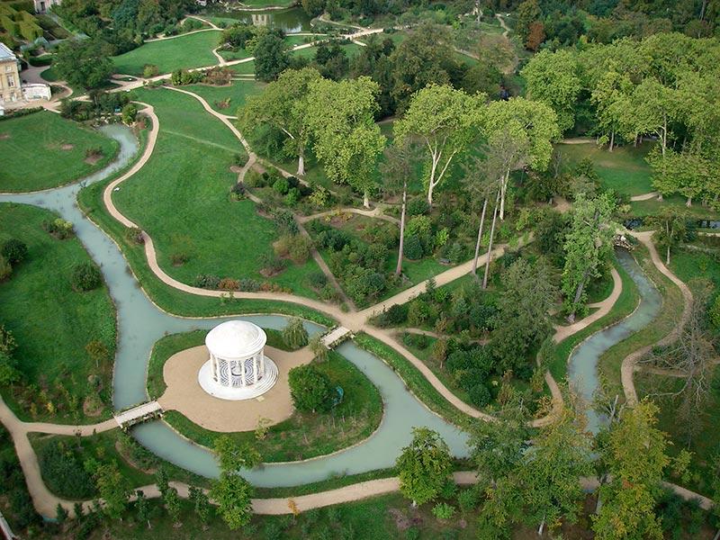 Petit trianon jardins de versailles vue a rienne du for Jardin anglais du petit trianon