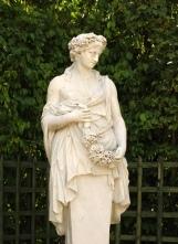 Statue de Flore, petit parc de Versailles, bosquet du Dauphin