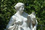 800px-Parc_de_Versailles,_Bosquet_des_Dômes,_Galatée,_Jean-Baptiste_Tuby_03