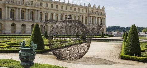 Joana Vasconcelos - Pavillon de vin