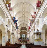 Nef de la cathédrale Saint-Louis des Invalides