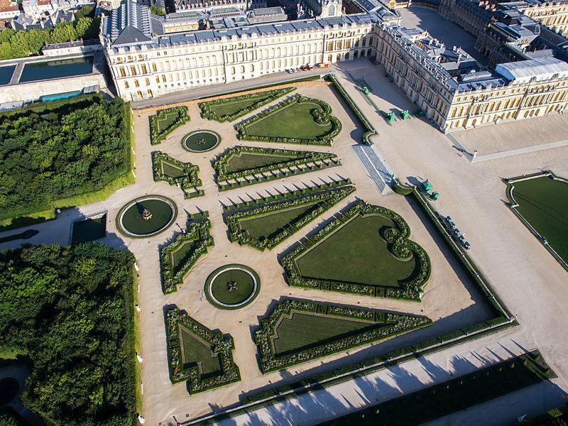Andrelenotre com toucanwings andr le n tre for Jardin a la francaise versailles