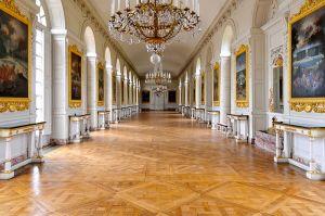 800px-Le_Grand_Trianon,_Galerie_des_Cotelle