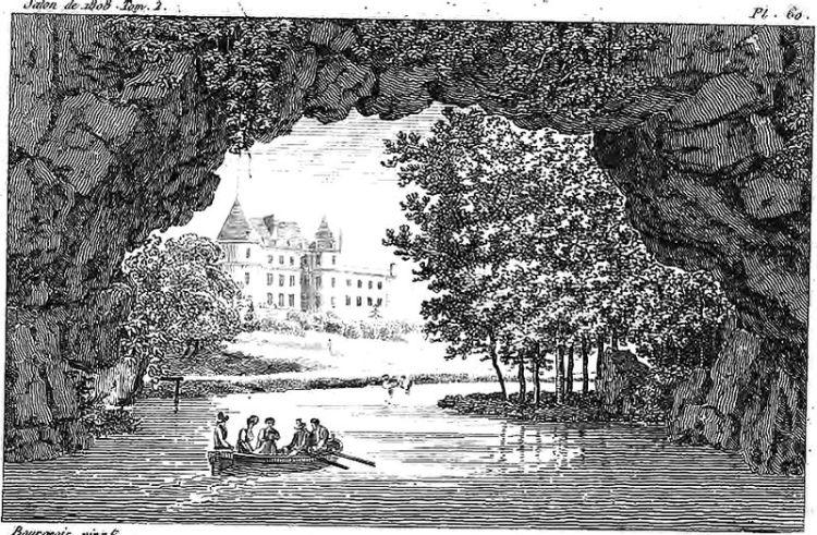 800px-Château_de_Méréville_et_sa_grotte,_vue_des_jardins