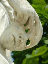 Statue de la Fourberie, détail