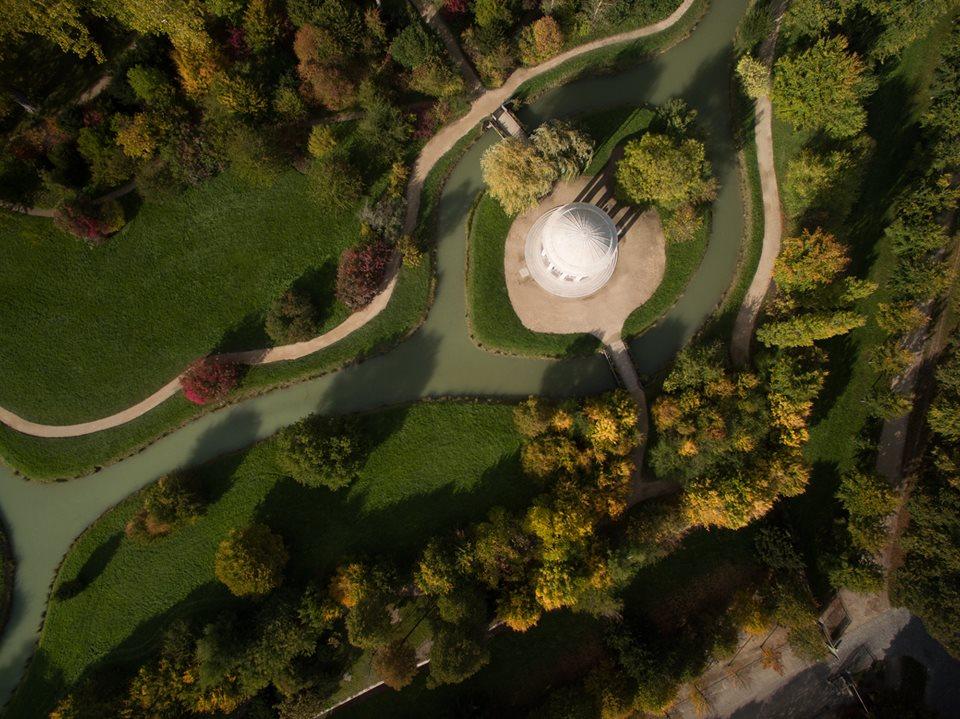 Temple de l amour jardin du petit trianon vue du ciel for Jardin anglais du petit trianon