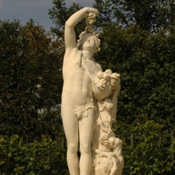Statue de Bacchus, rampe Nord