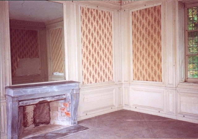Boudoir hameau de la reine salon vers 1950 et aujourd - Salon porte de versailles aujourd hui ...