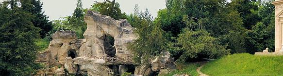 Grotte de Marie-Antoinette, jardin anglais Petit Trianon : présentation –  André Le Nôtre