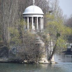 Temple de l'Amour, île de la Jatte, Neuilly-sur-Seine (ancien Temple de Mars, parc Monceau)