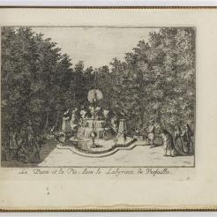 9. Fontaine du Paon et de la Pie