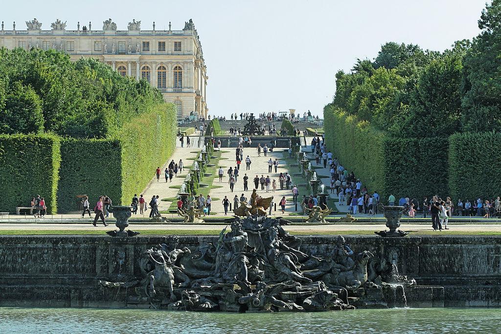 Les plus beaux points de vue des jardins de versailles et de trianon andr le n tre for Les plus beaux ilots de cuisine versailles