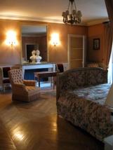 ancienne chambre à coucher du baron Fain, meublée par le Mobilier national pour en faire la chambre de la dame de compagnie de l'épouse du chef d'État étranger