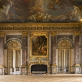 Salon d'Hercule : 150 pax / debout : 250 pax