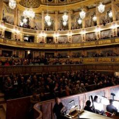 Prix de location de l'Opéra royal : 58 000 euros