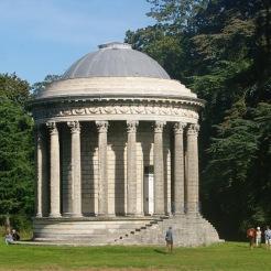 Temple de la Piété filiale, anc. parc de Méréville, auj. parc de Jeurre